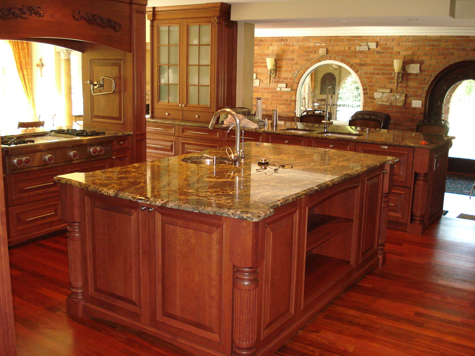advantages of marble kitchen countertops
