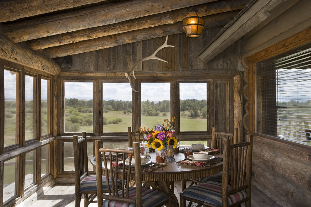Image of: cabin porch decorating ideas