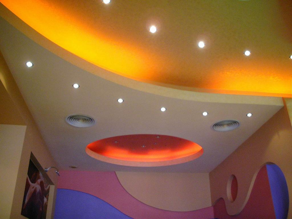 ceiling designs colours