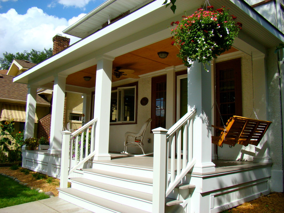 Image of: cottage porch railing designs