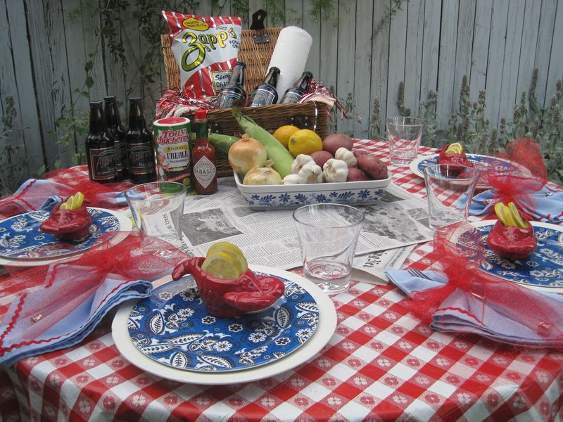 Image of: crawfish table decorations