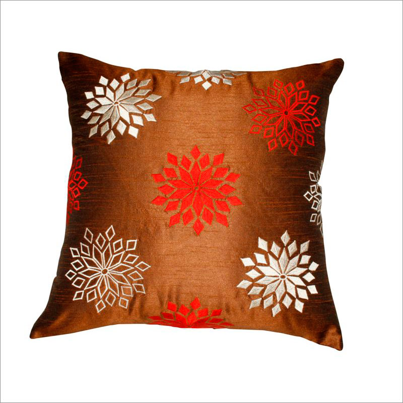 decorative pillows red and brown
