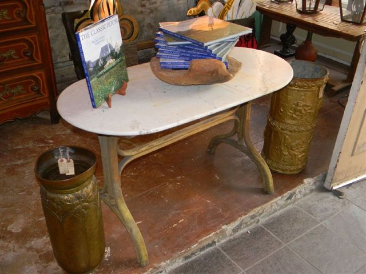 Image of: french bistro table