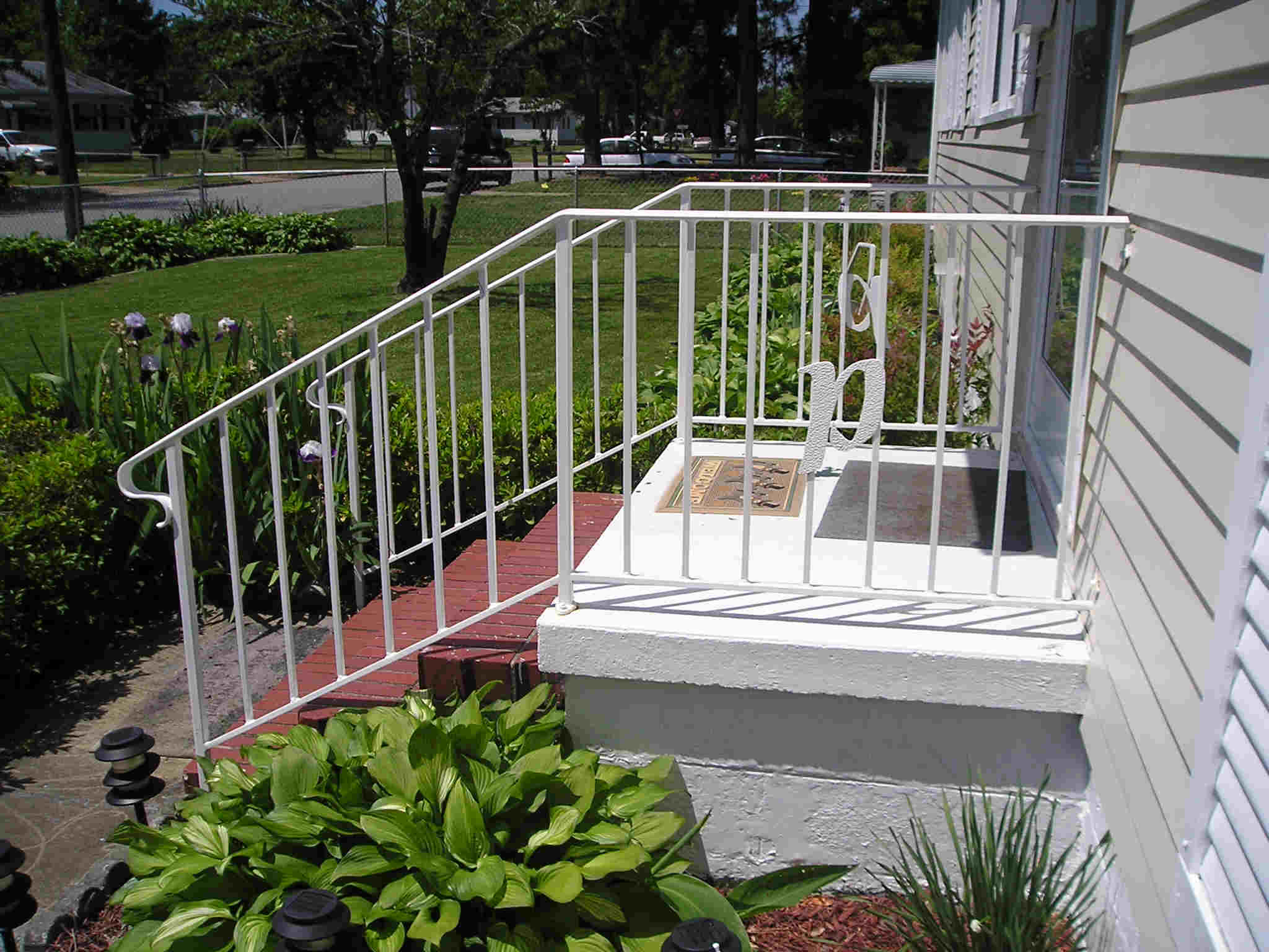 Image of: iron porch railing designs