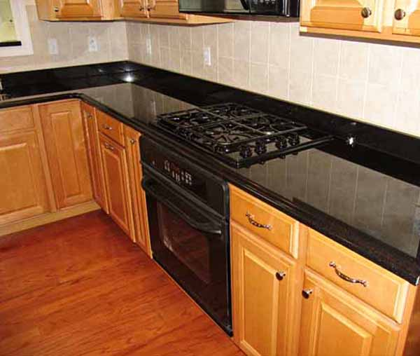 kitchen backsplash ideas dark granite countertops