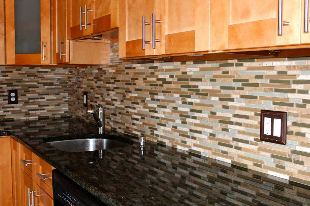 Image of: kitchen granite and tile
