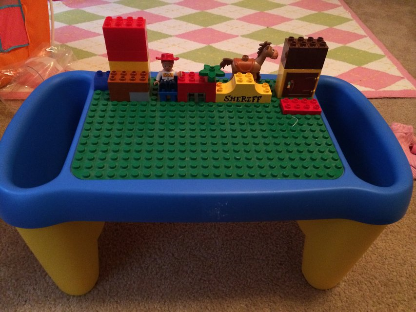 Image of: lego duplo table lap desk