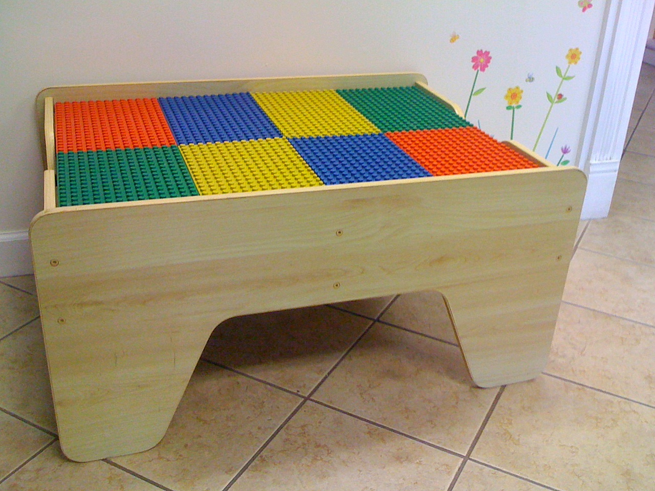 Image of: nilo lego duplo compatible table