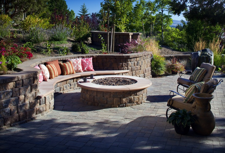 Image of: outside fire pit designs