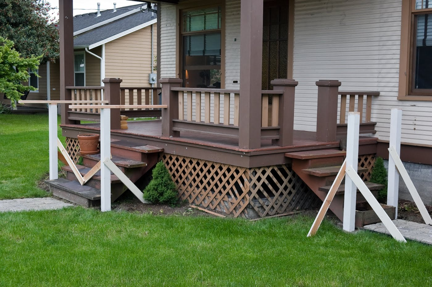 Image of: porch railing design