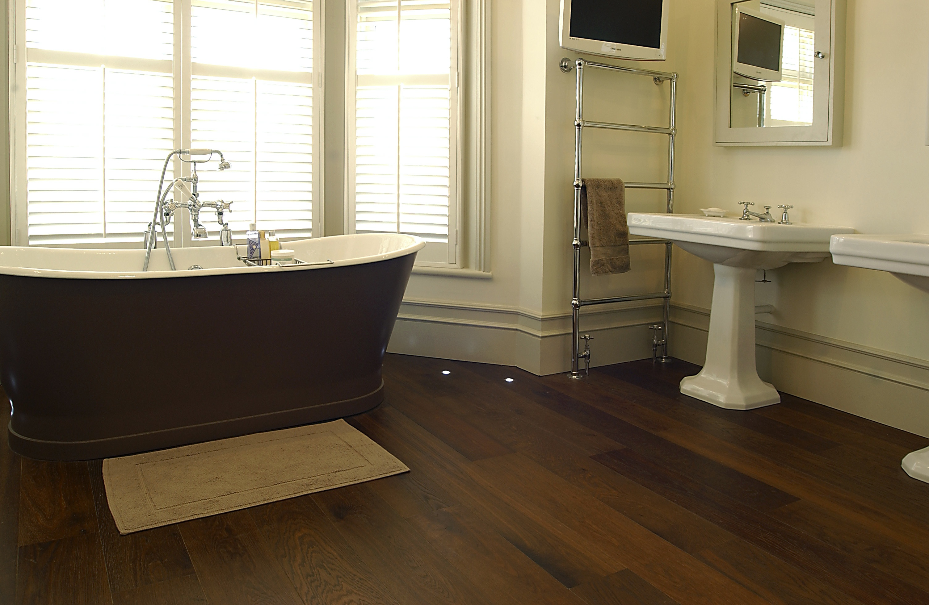 Image of: wood floor bathroom ideas