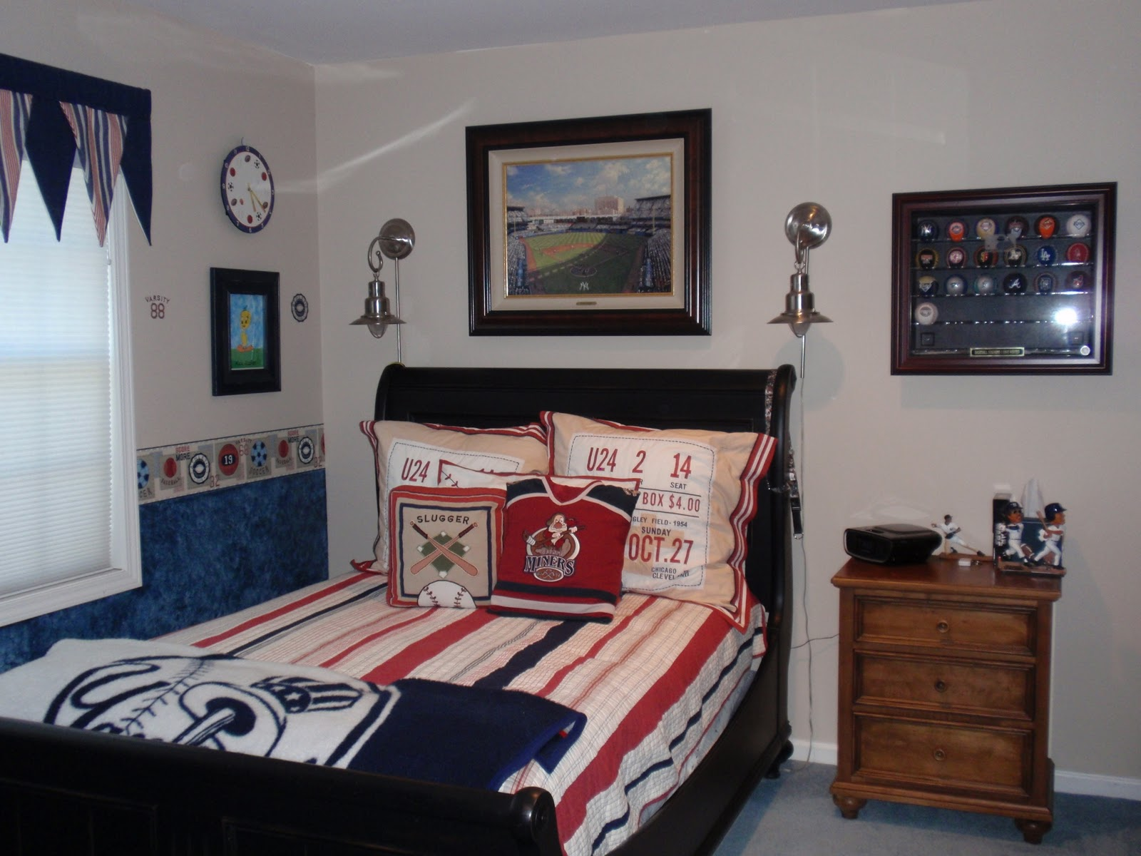 Image of: 13 year old boy bedroom decor