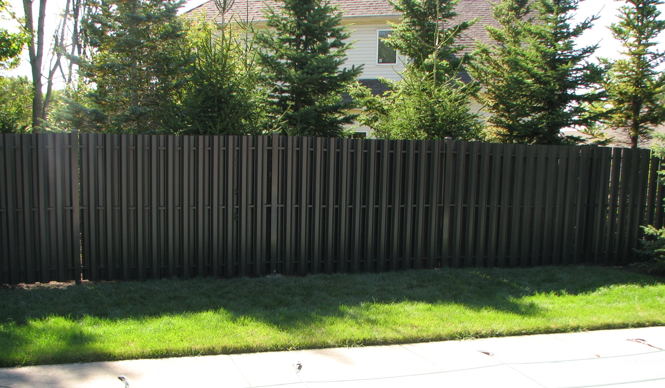 Image of: aluminum privacy fence designs