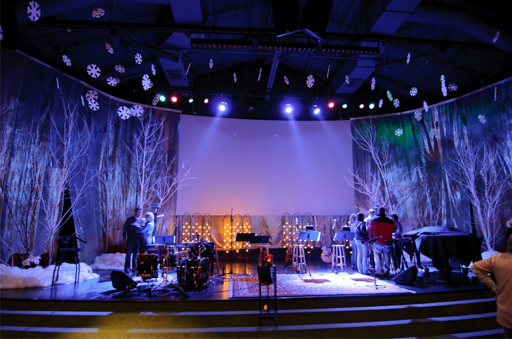Image of: church stage decor ideas