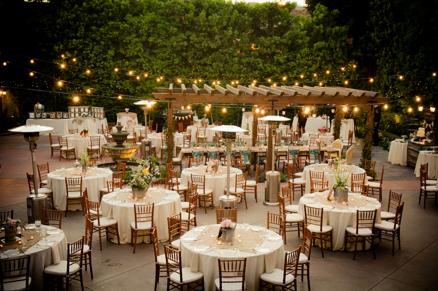 Image of: country style wedding decorations