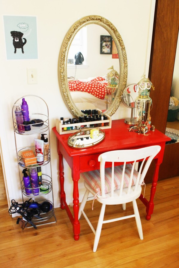 Image of: diy little girl vanity table