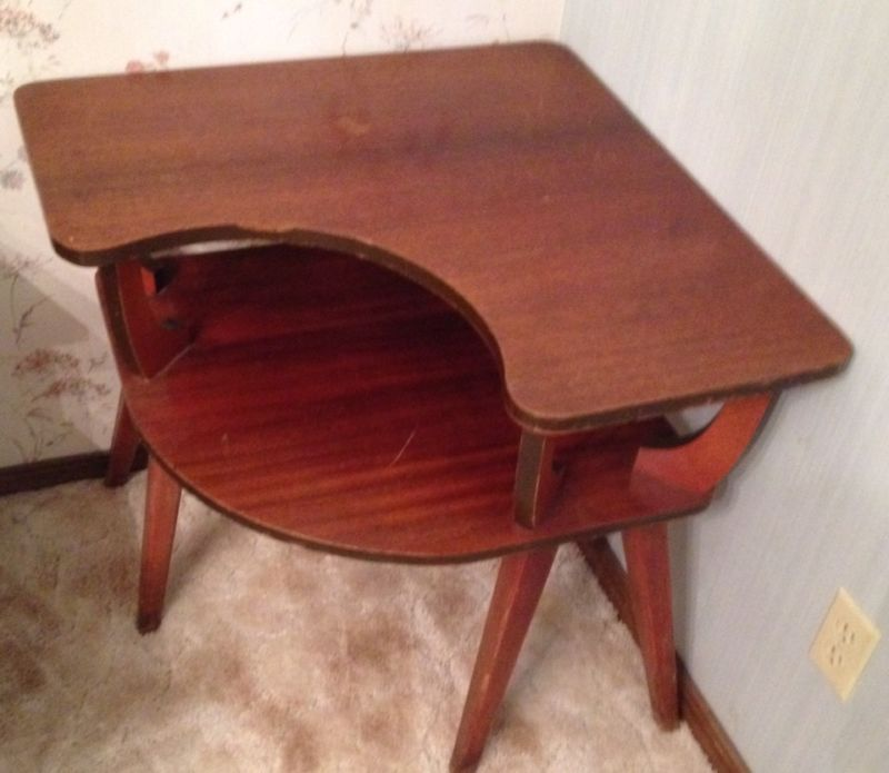 duncan phyfe corner table