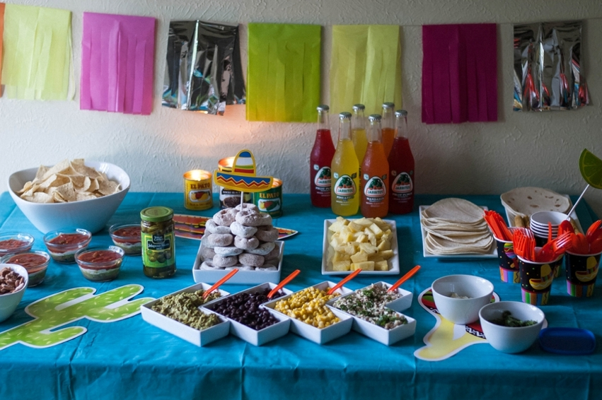 Image of: fiesta party decoration ideas