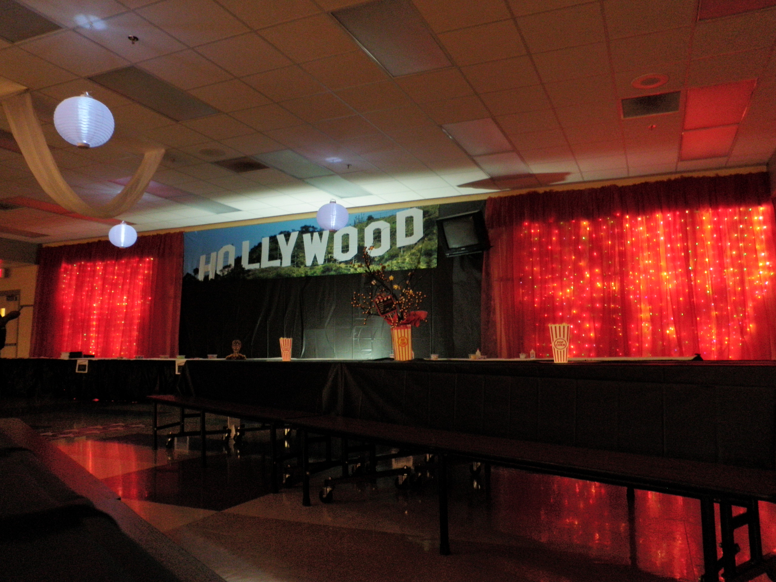 Image of: hollywood decor