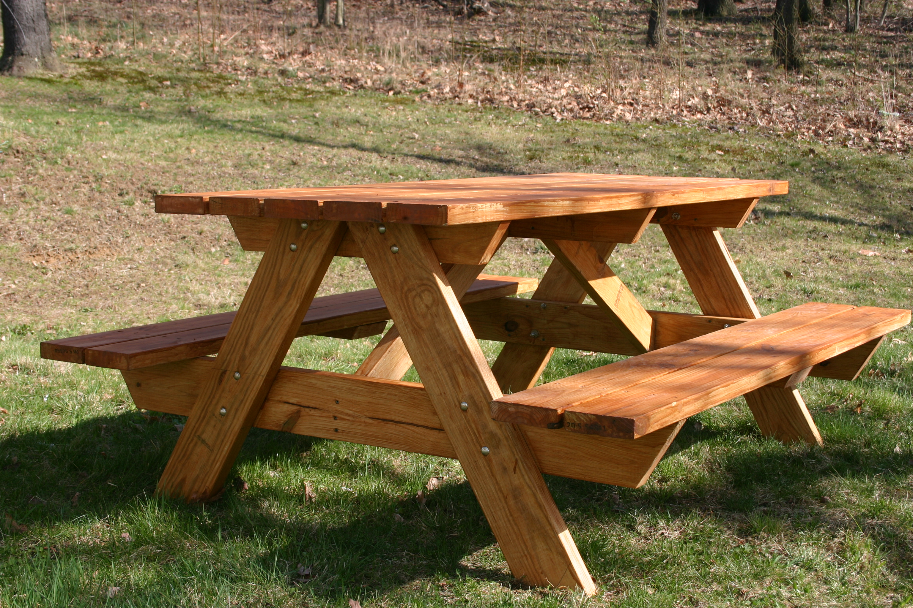Image of: home depot and picnic table
