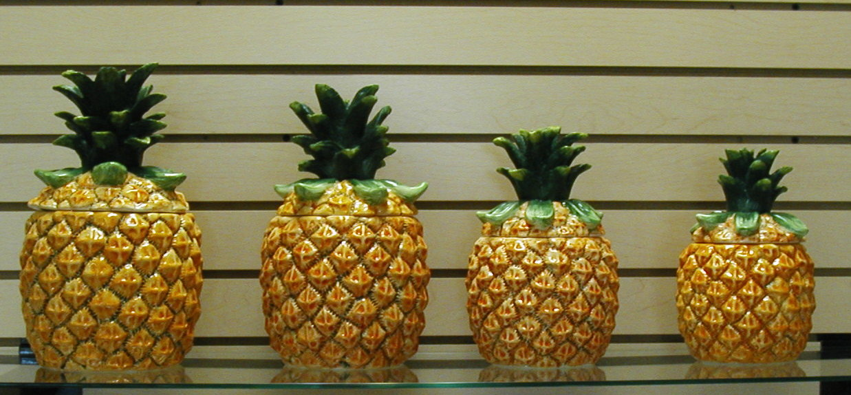Image of: pineapple kitchen decor