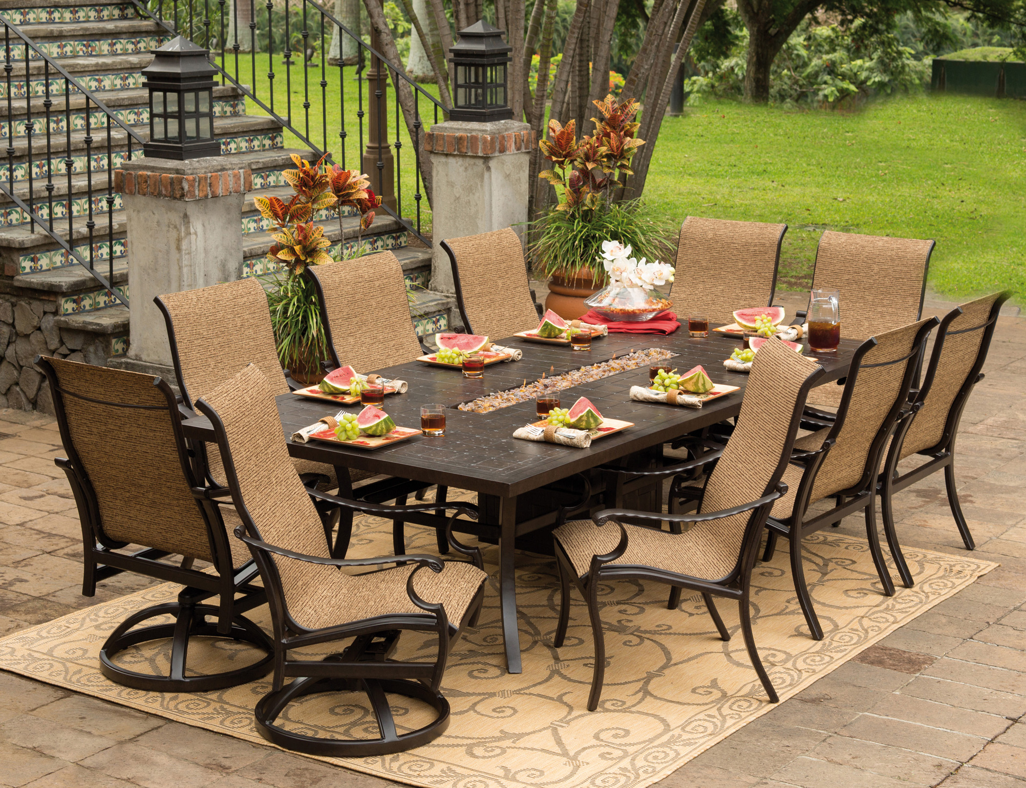 Image of: rectangle patio dining table