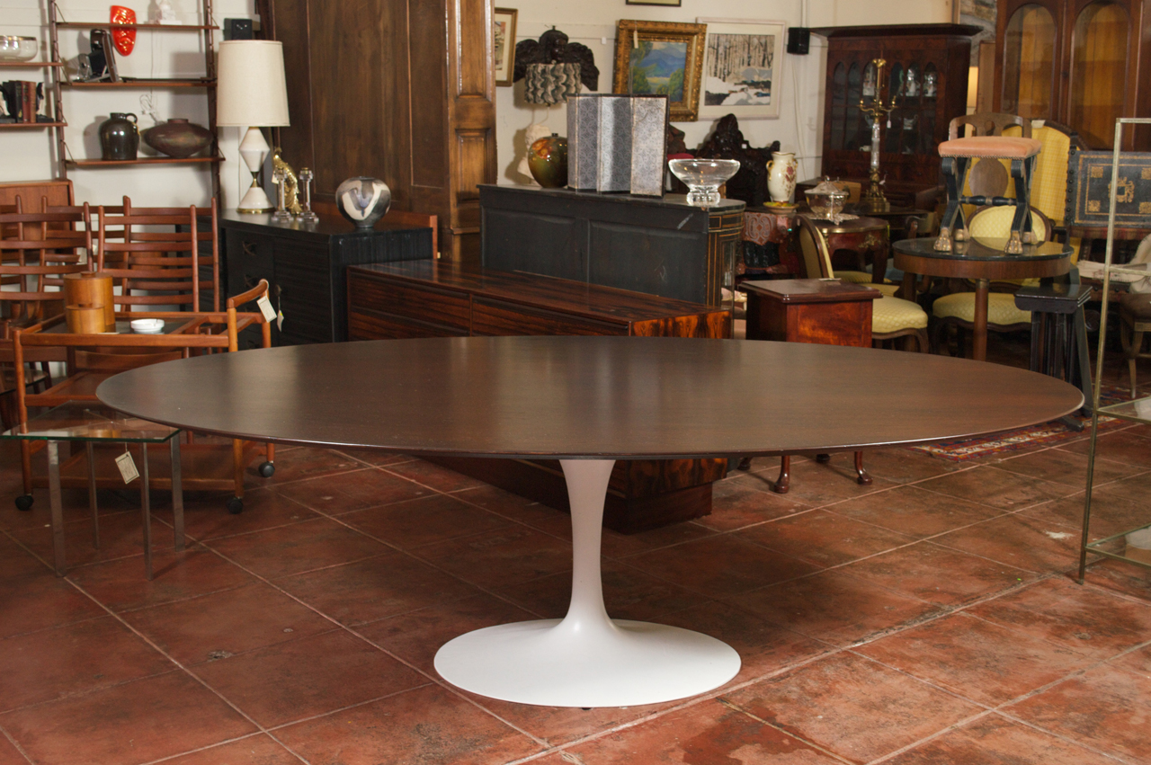 Image of: saarinen tulip side table