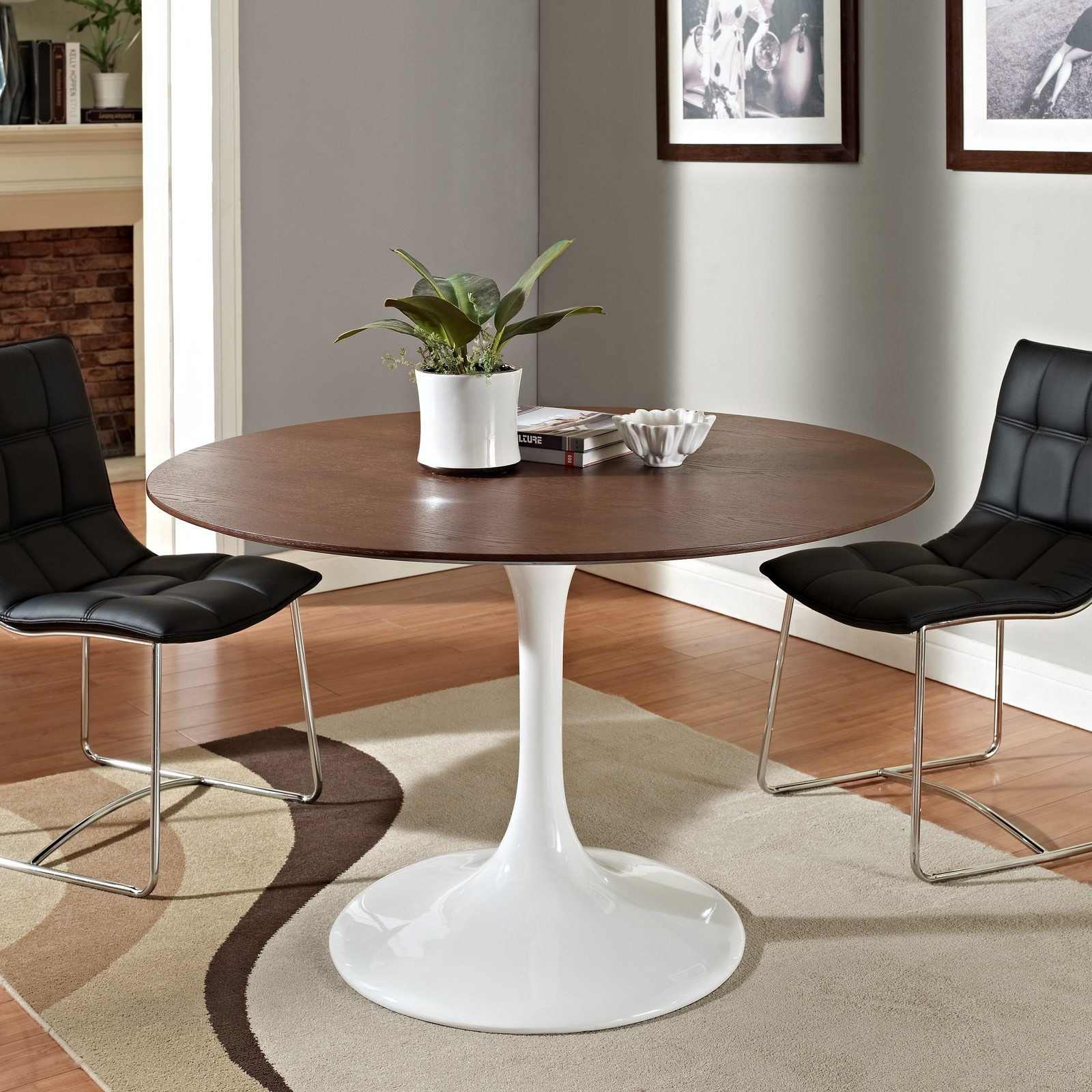 Image of: saarinen tulip table