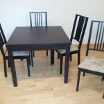 table ikea bjursta + chaises