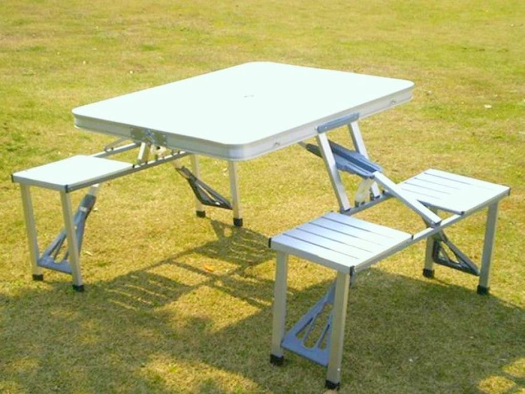 Image of: Aluminum Folding Table Canada
