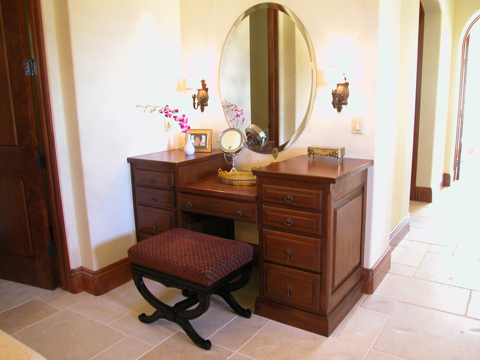 antique corner vanity table