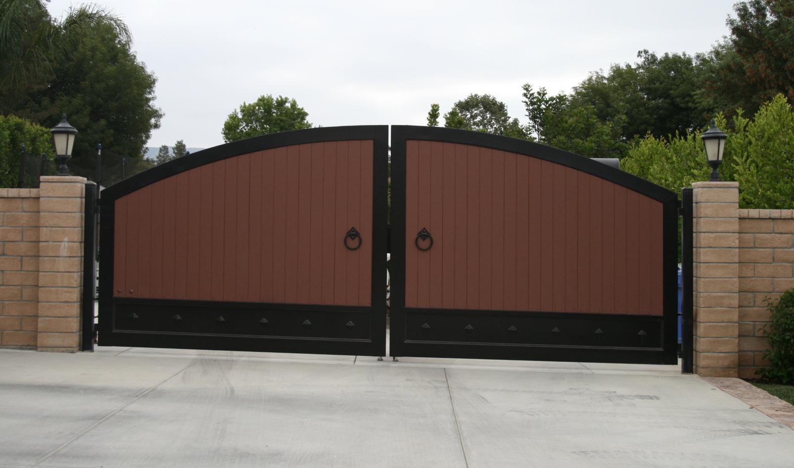 Image of: best wooden gate designs