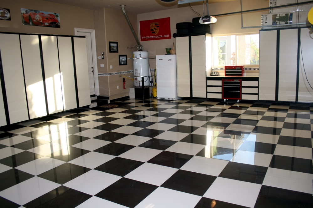 Image of: black and white tile floor designs