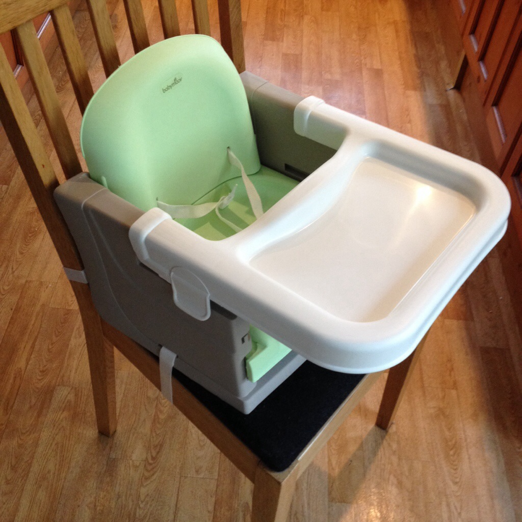 Image of: booster seats for kitchen table