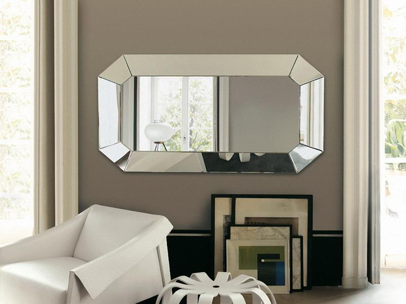 Image of: decorate with mirrors