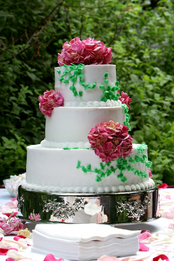Image of: decorated cakes with flowers
