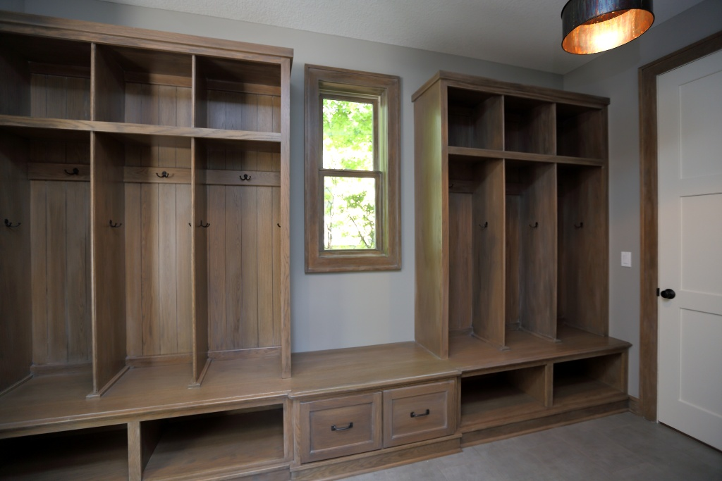 Image of: designing a mudroom