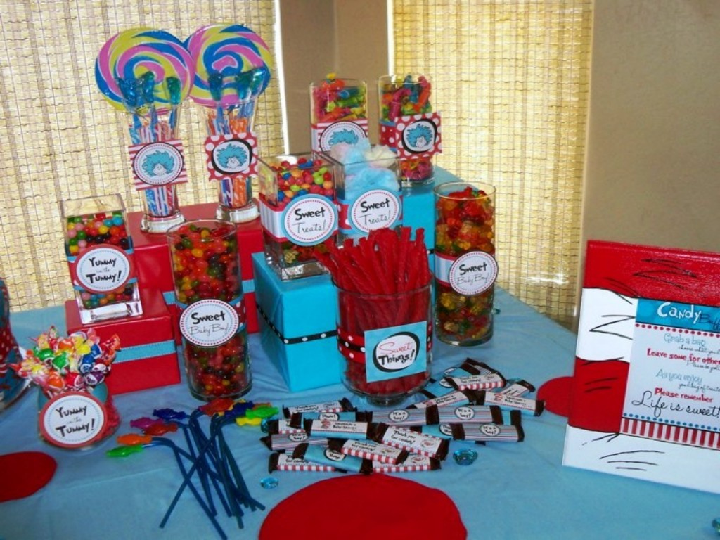 Image of: dr seuss baby shower decorations