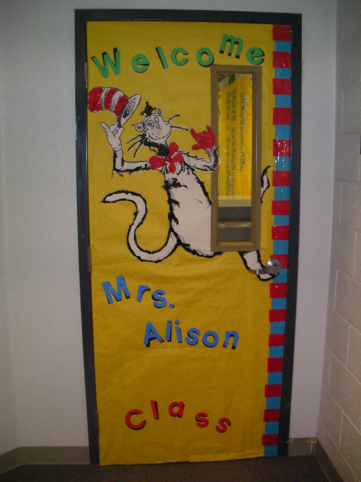 Image of: dr seuss door decorating contest