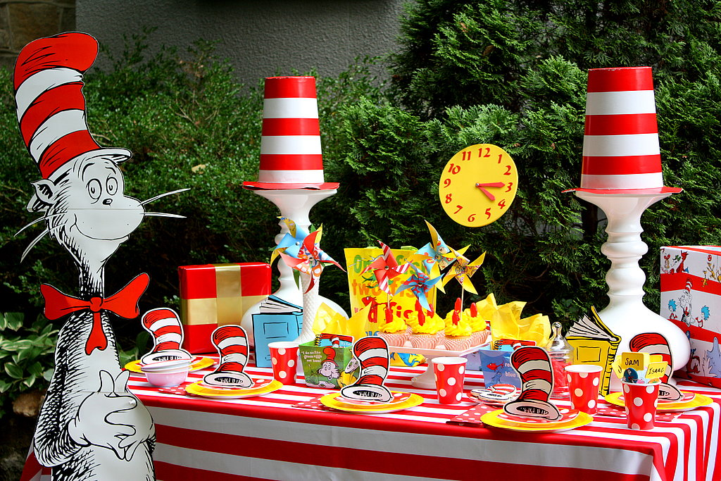 Image of: dr seuss table decorations