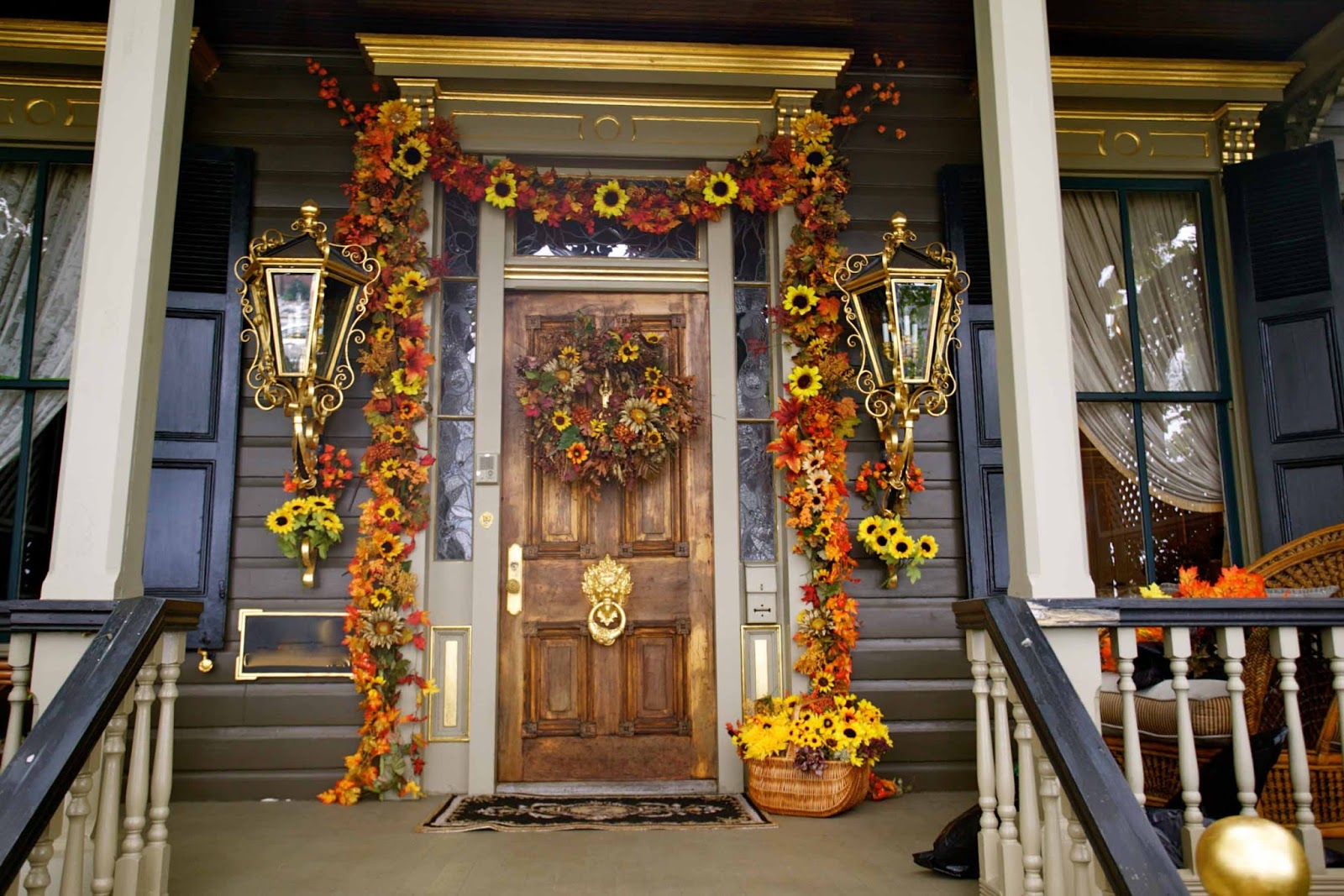 Image of: fall porch decor