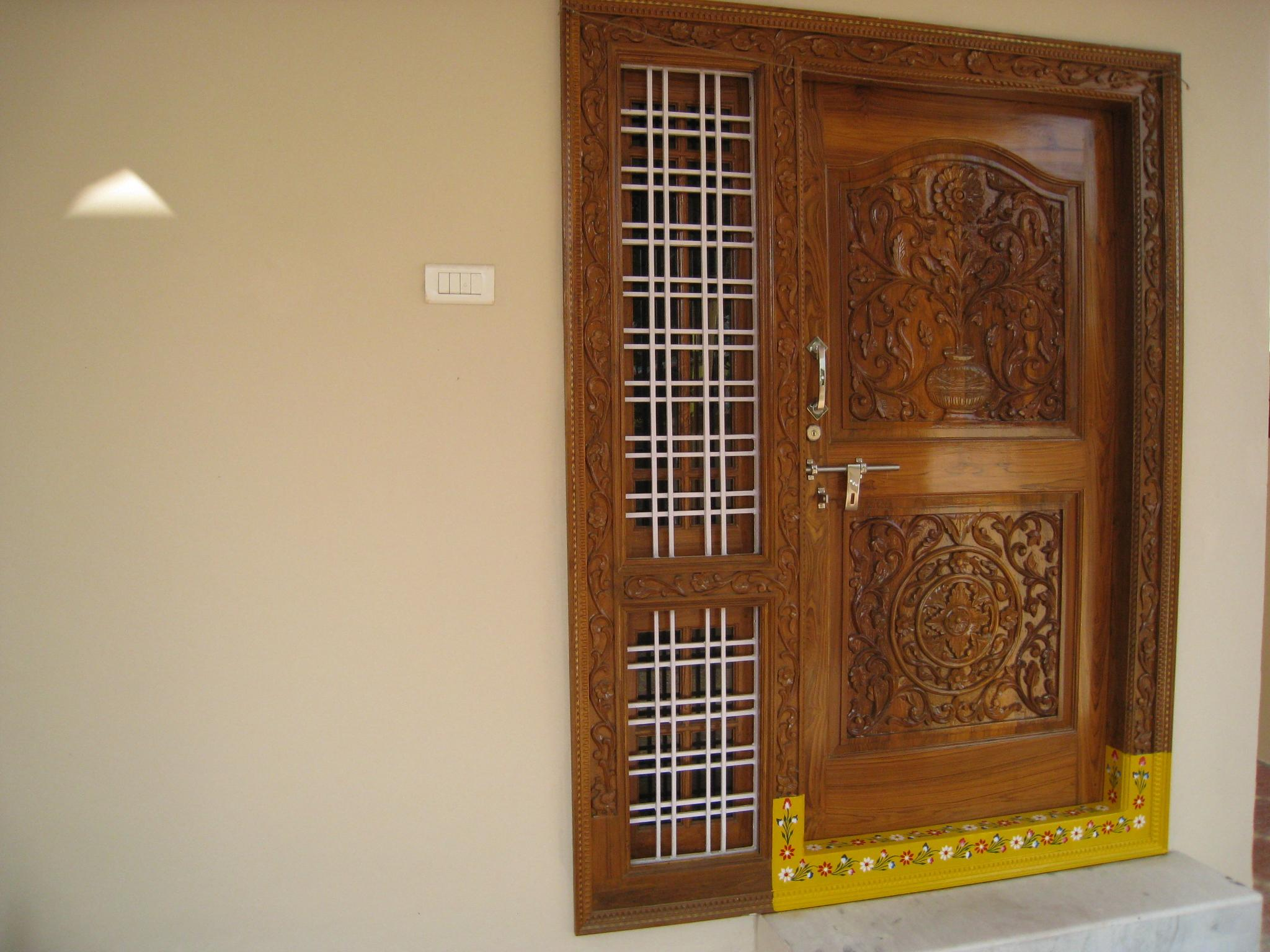 Image of: front door design according to vastu