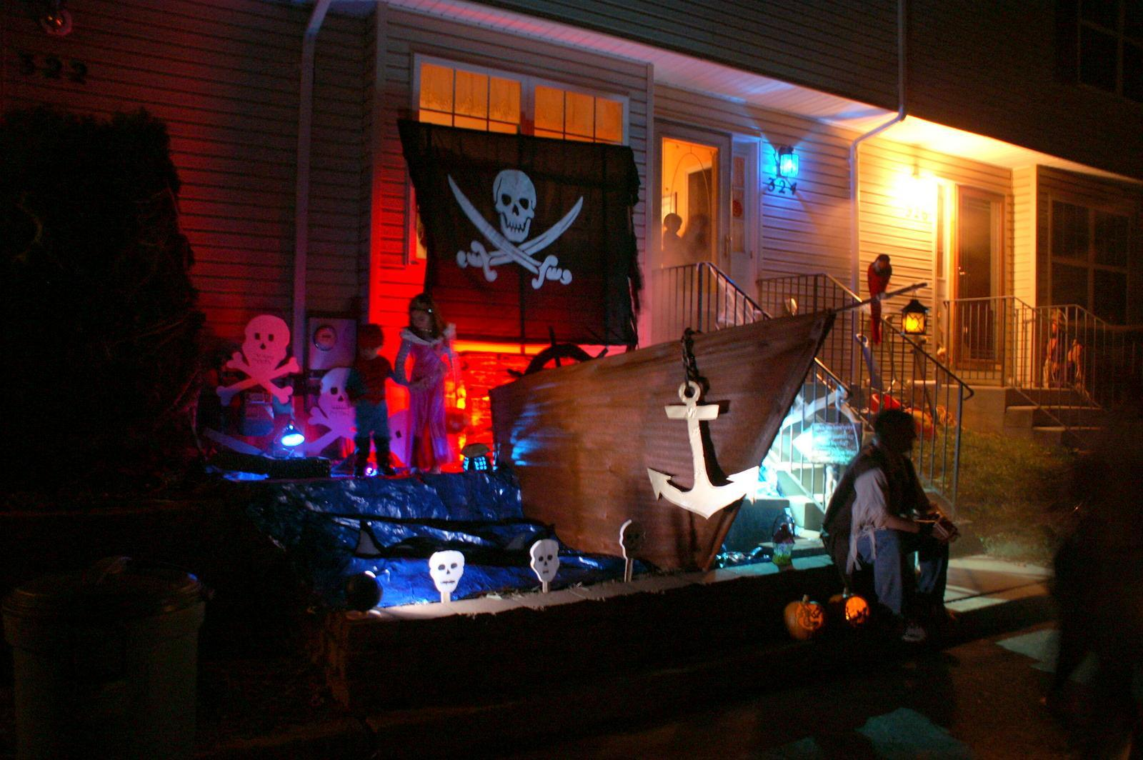 Image of: halloween pirate decorations