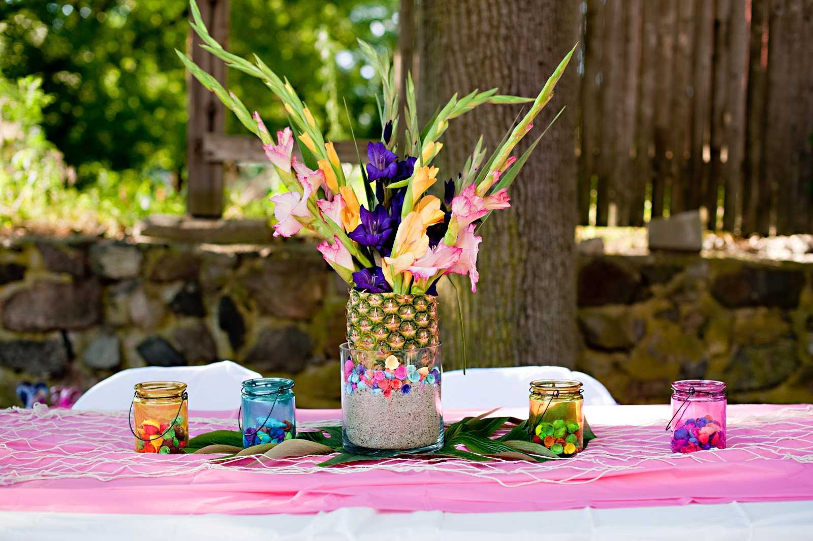 Image of: homemade luau party decorations