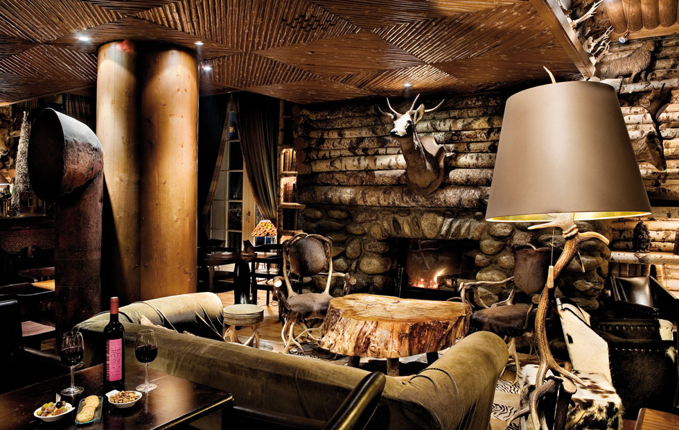 Image of: hunting lodge decor