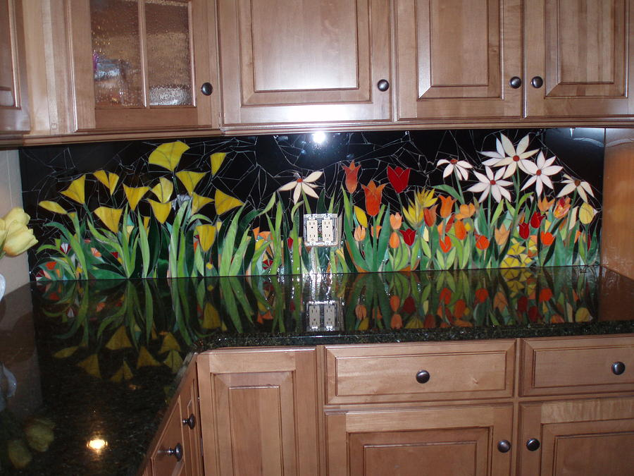 kitchen backsplash art