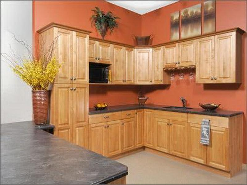 Image of: kitchen decorating ideas with oak cabinets