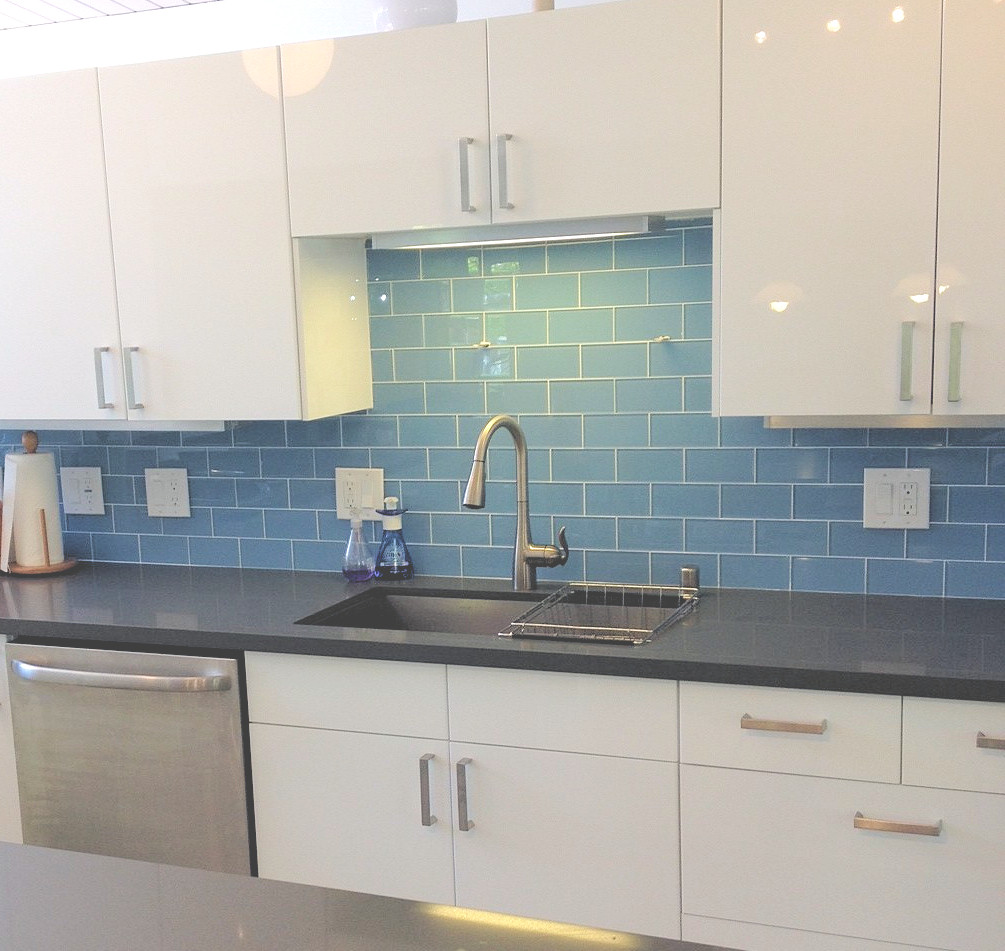 Image of: kitchen tile backsplash blue