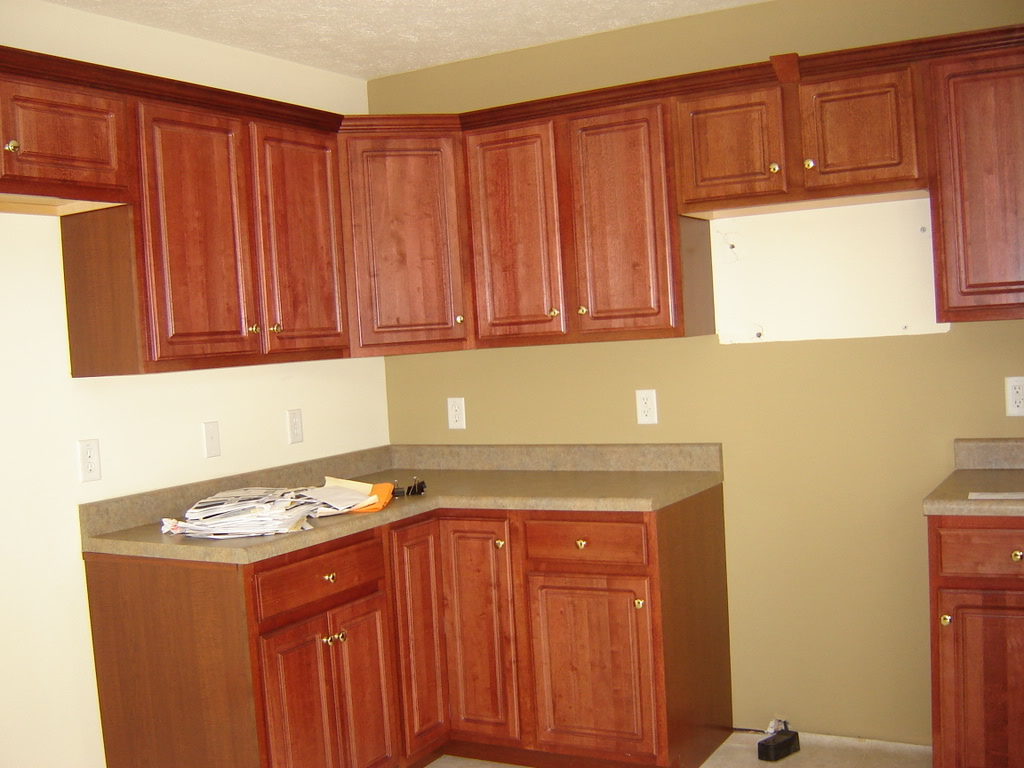 Image of: kitchen tile backsplash cherry cabinets