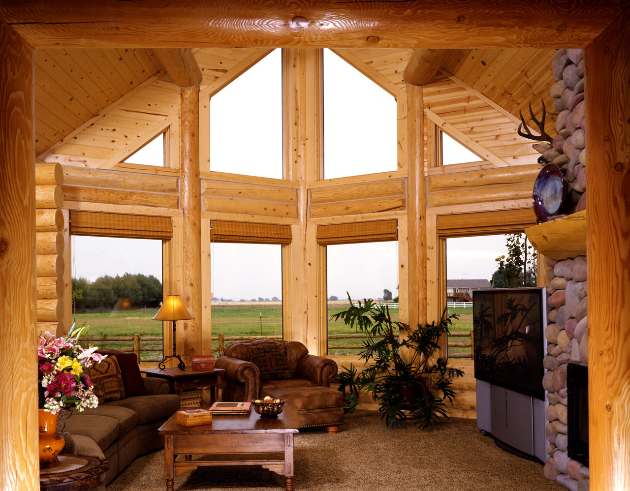 Image of: log cabin furniture and decor